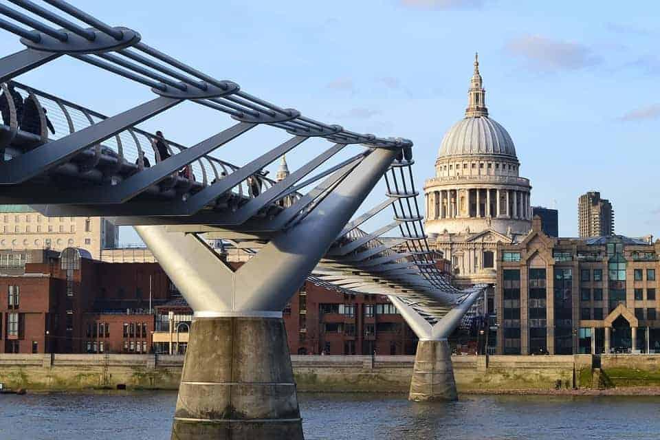 bridge-1214376_960_720